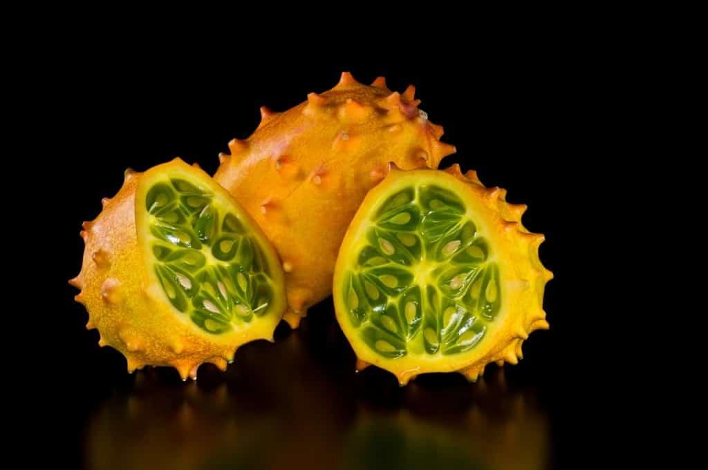 كيوانو أو الخيار المُقرن الأفريقي (فاكهة من فصيلة البطيخ)